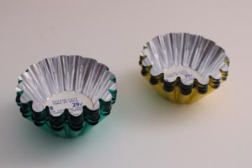new w/ label vintage gold & green colored foil fluted nut cups, Christmas reflectors