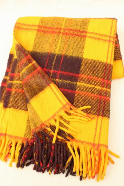 new old stock vintage Faribo camp blanket throw, retro gold plaid soft acrylic