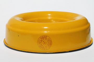 old Cream City enamelware, vintage metal ring mold / pan, bright yellow
