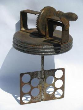 old Kohler Home Butter Maker churn, hand-crank paddle for glass jar
