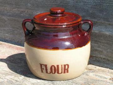 old Monmouth stoneware pottery flour crock