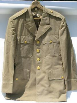 old WWII 32nd Infantry Div officer's jacket/tunic w/Red Arrow patch