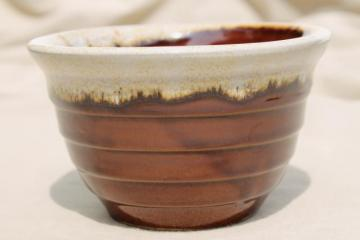 old Western stoneware mixing bowl, vintage Monmouth USA brown drip pottery maple leaf mark