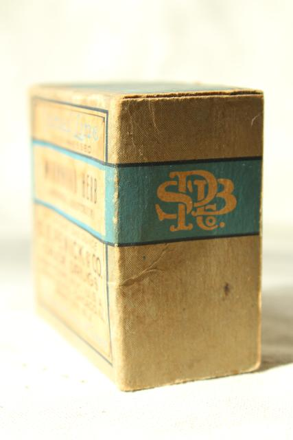 old absinthe box, antique herbalist cure medicine artemisia wormwood bulk herbs vintage pharmacy