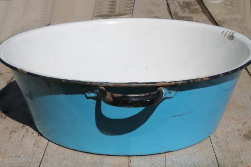 ... blue & white enamelware dish pan, wash tub or primitive sink basin
