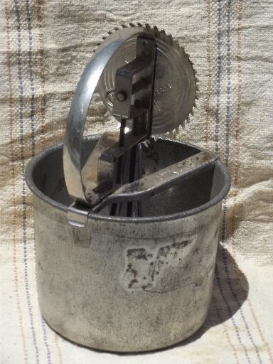 Old Antique Egg Beater Tinned Steel Bowl And Hand Crank