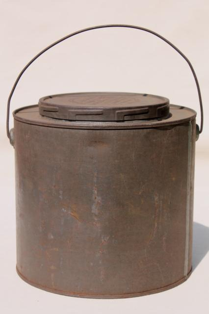 Old antique metal bucket bail handle pail tin can w lid for Old metal buckets