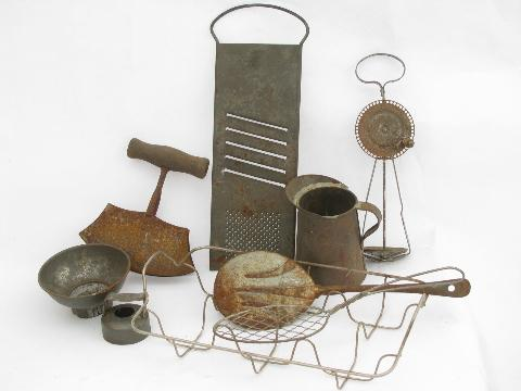 Beau Old Antique Vintage Kitchenware, Lot Primitive Wire / Rusty Metal Kitchen  Utensils