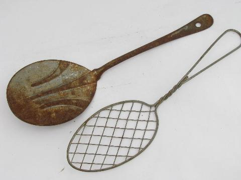 old antique vintage kitchenware, lot primitive wire