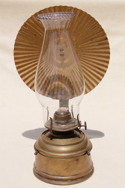 Wall Kerosene Lamps : old brass oil lamp wall mount kerosene light w/ tin reflector and glass chimney