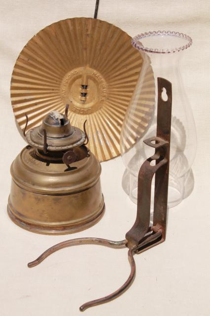 Wall Mounted Oil Lamp With Reflector : old brass oil lamp wall mount kerosene light w/ tin reflector and glass chimney