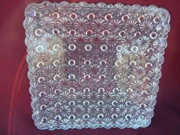 old daisy and button pattern pressed glass, crystal color square plate