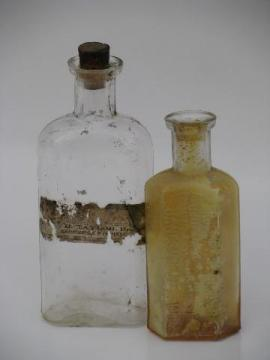 old drugstore pharmacy medicine bottles, Janesville and Brodhead Wisconsin