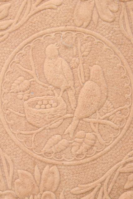 old embossed pressed paper picture wreath & doves, early 1900s vintage flue cover