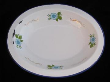 old enamelware vegetable bowl, sky blue flowers, Monterrey - Mexico