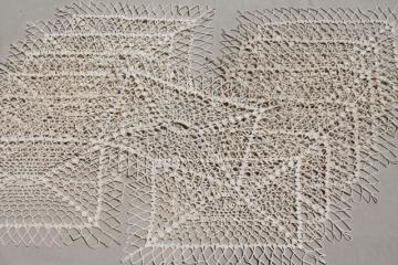 old handmade crochet lace table place mats, vintage placemats set of 12