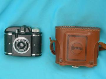 old mid century vintage Beacon II camera w/leather case and 1948 patent