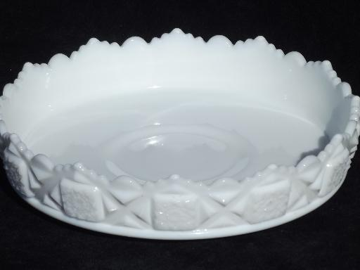 Old quilt westmoreland milk glass shallow flower bowl