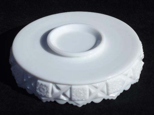 Old quilt westmoreland milk glass shallow flower bowl