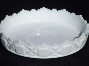 old quilt Westmoreland milk glass, shallow flower bowl centerpiece