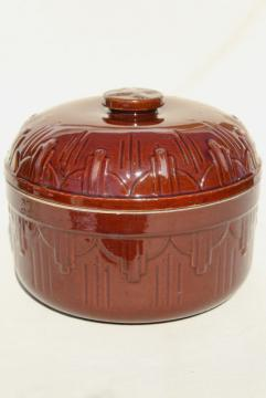 old stoneware ovenware pottery baked beans baker bean pot, early 1900s vintage