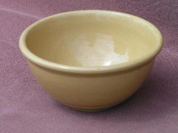 old unmarked pottery mixing bowl, yellow ware