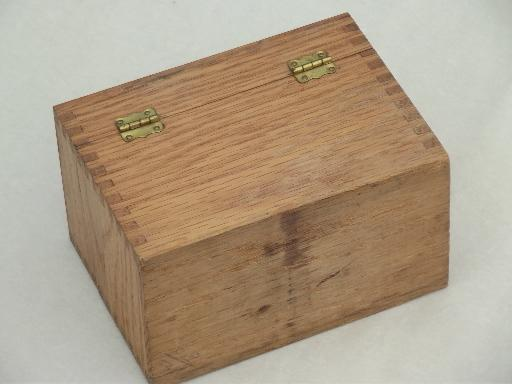 Not Vintage recipe boxes the point