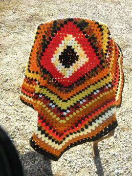 one big granny square, cozy vintage crochet wool afghan throw blanket, retro!