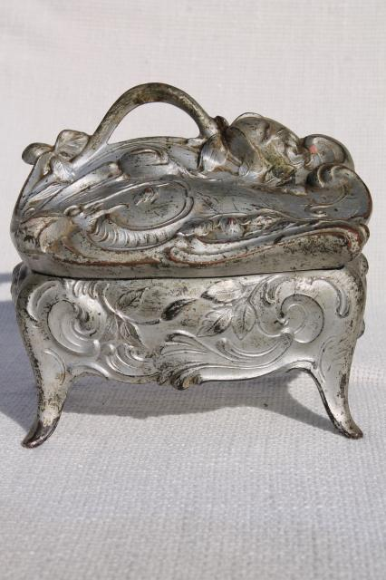 ornate vintage cast metal jewelry box w/ art nouveau rose, worn antique silver patina