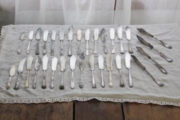 ornate vintage silverware, fancy butter knives 30+ pieces mismatched silver plate flatware