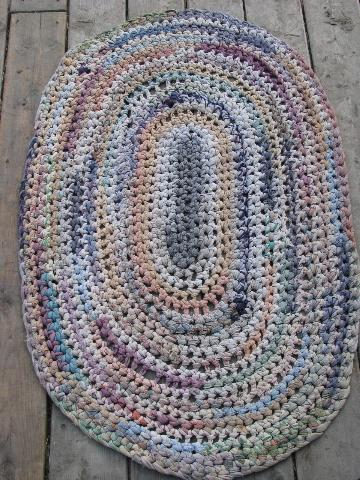 oval vintage 1950's cotton rag rug, hand-crocheted