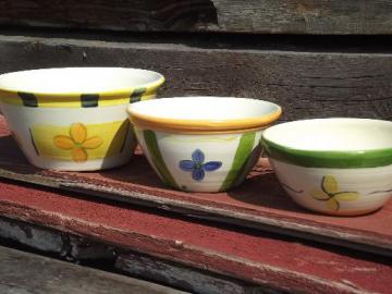 painted flowers nesting mixing bowls, vintage French or Portugal pottery