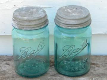 pair of antique Ball Perfect Mason 1 pint aqua blue fruit jars w/lids