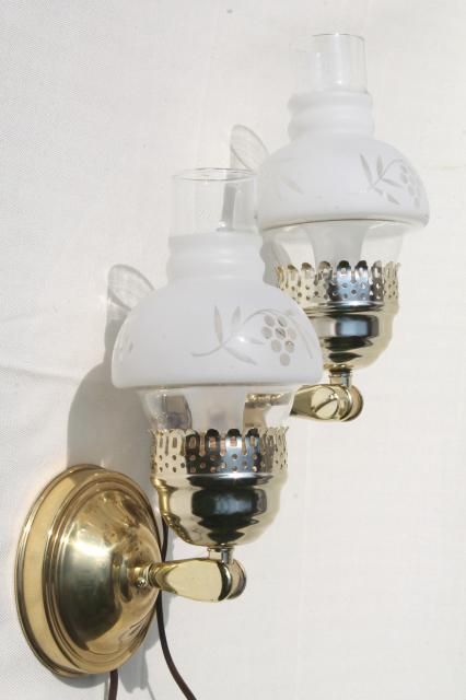 Pair Of Vintage Convertible Table Lamps Changes To Pin Up Lamp Wall Sconce Lights