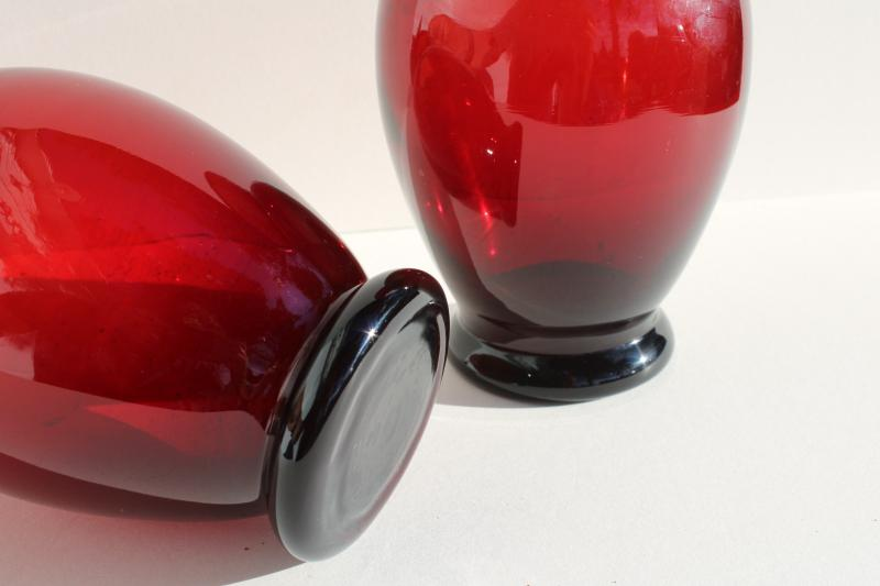pair royal ruby red glass vases w/ urn shape, vintage Anchor Hocking glassware