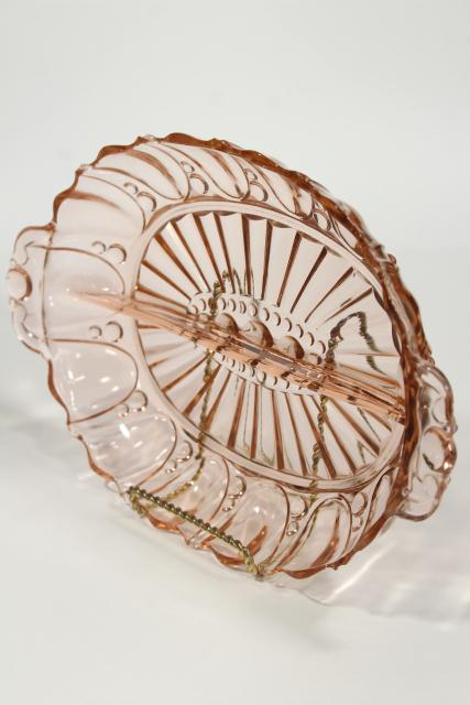 pink oyster & pearl pattern depression glass relish dish divided bowl, vintage Anchor Hocking