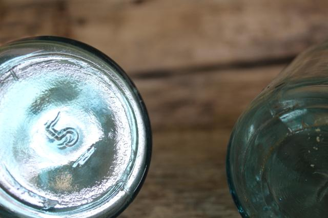 pint size antique vintage Ball Perfect Mason aqua blue glass canning jars