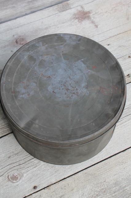Primitive Old Antique Metal Cracker Box Or Cake Tin Large
