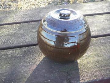 primitive old stoneware barrel, vintage pottery cookie jar crock