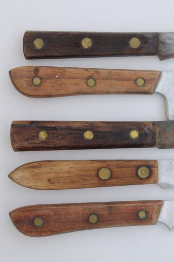 primitive old wood cutting board & lot of vintage kitchen carving knives