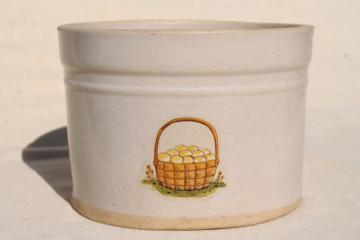 primitive vintage eggbeater bowl, round bottom stoneware crock beater jar