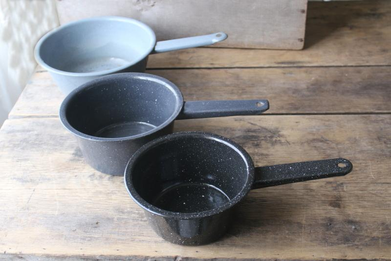 primitive vintage enamelware pans, rustic old graniteware cookware cowboy camp chuck wagon