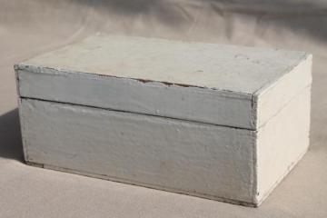 primitive vintage wood cigar box, keepsake box w/ shabby chippy old white paint