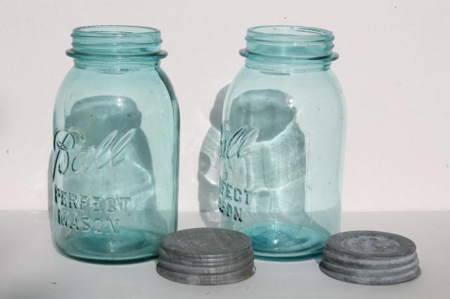 ... jars with zinc lids. Both jars and both carriers are in nice shape