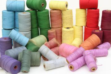 rainbow of vintage cotton string spools, baker's twine cord yarn or weaving thread