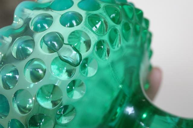 rare vintage Fenton emerald green opalescent glass hobnail pattern crimped compote