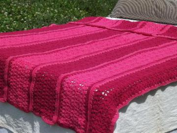raspberry ripple pink striped crochet afghan, soft acrylic, never used