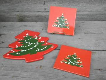 red and green Christmas Tree trivet tiles, Waechtersbach pottery Germany