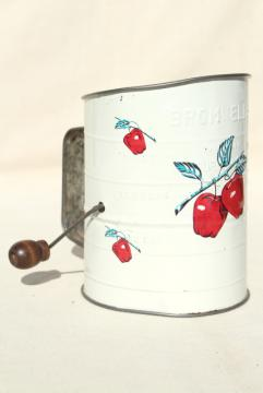 red apple print kitchen sifter, 40s 50s vintage Bromwell's flour sifter