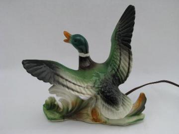 retro 1950s vintage art pottery Lane & Co. TV lamp, flying ducks